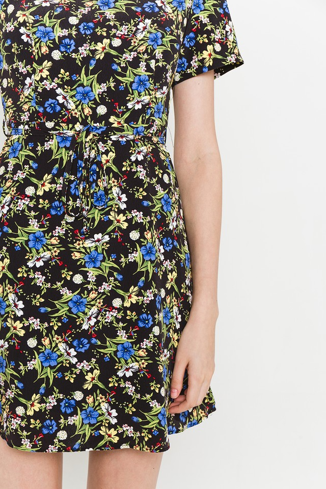 Moya Dress Black Floral