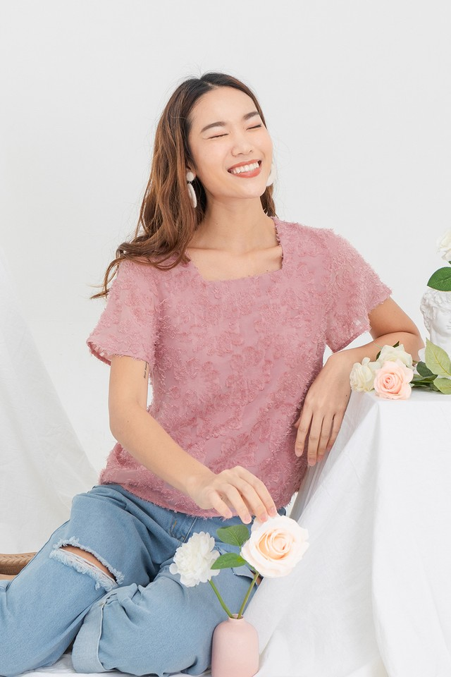 Aggie Furry Top Creamy Rose