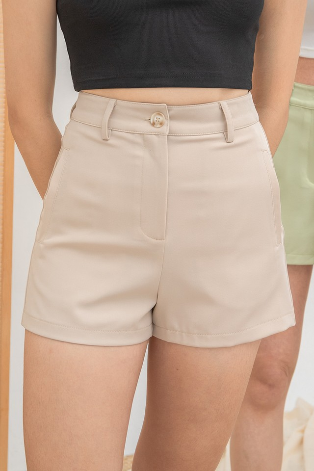 Dabria Shorts Sand